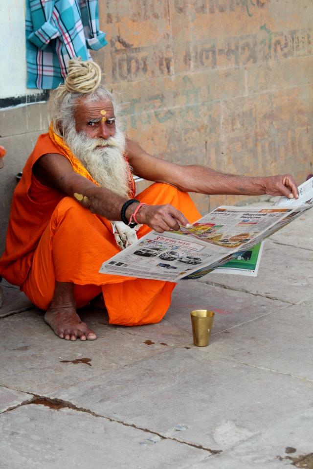 false sadhu varanasi 3